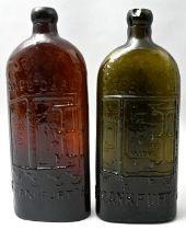 Zwei Medizinflasche / Two Medical bottles
