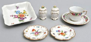 Sieben Teile Porzellan / porcelain items