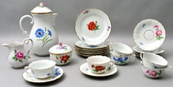 Service, Meissen, 21 T. / porcelain dishes