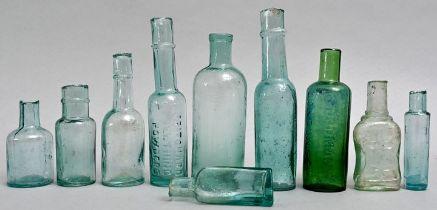 Konvolut zehn hellblauer Flaschen / set of ten bottles