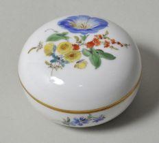 Dose, Meissen, bunte Blume / lidded box