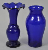 Vase und Hyazinthenglas / Vase