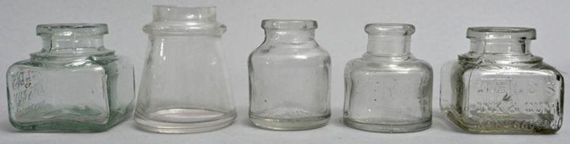 fünf Tintenfläschchen / Ink bottles