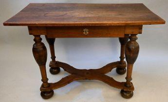 Tisch / Table