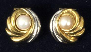 Paar Ohrclips Gg 2 kl. Perlen / Earrings