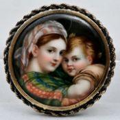 Brosche mit Porzellanbild / brooch with porcelain miniature