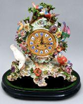 Porzellan Pendule Meissen mit Glasdom / Porcelain pendule, Meissen