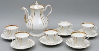 Sechs Tassen+UTA+Kanne / Coffee pot and six cups with saucers