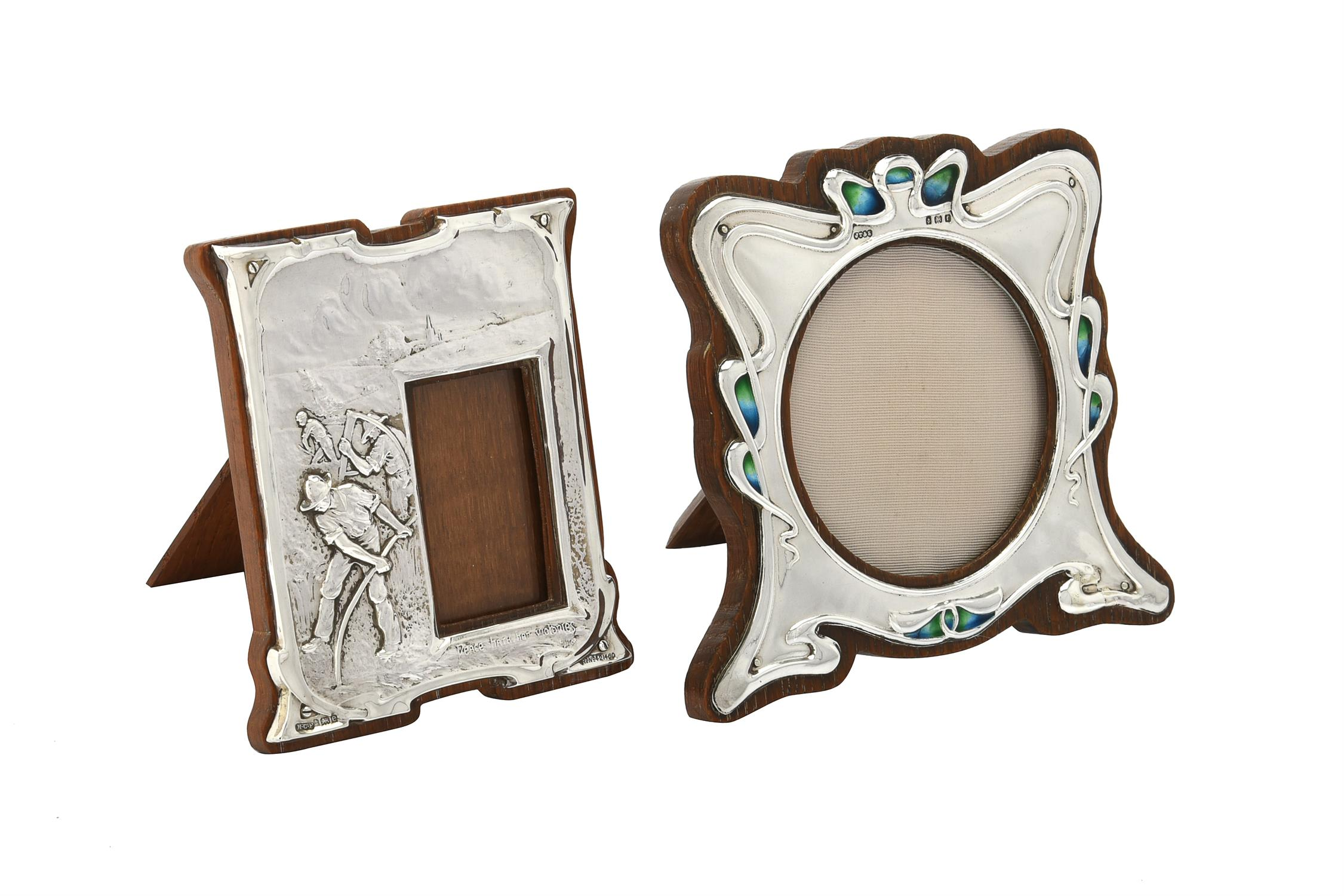 An Edwardian silver mounted photo frame by Henry Charles Freeman