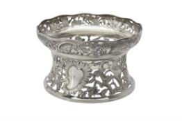 An Edwardian silver dish ring by Carrington & Co.