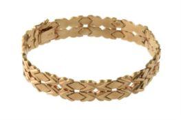 A 1960s 9 carat gold bracelet