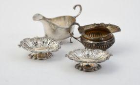A Victorian silver cream jug by Goldsmiths & Silversmiths Co.