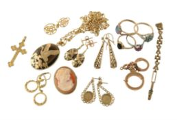 A collection of 9 carat gold and other items,