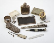 Y A collection of silver and silver coloured items