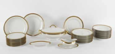 C. H. Field Haviland, a Limoges porcelain dinner service in the Arinbo Casablanca pattern