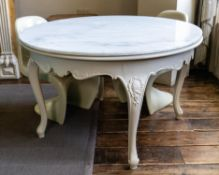 A WHITE PAINTED AND MARBLE TOPPED CENTRE TABLE, 20TH CENTURY AND LATER