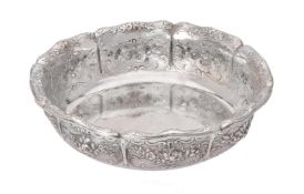A Victorian silver shaped circular bowl by Robert Hennell III