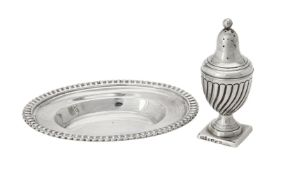 A George III silver shaped oval dish by Robert Hennel