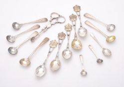 Five matched silver tea spoons