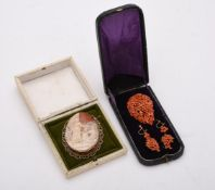 Y A 1960s 9 carat gold shell cameo brooch