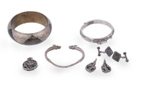 A collection of Chinese export silver and metal costume jewellery