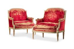 A LARGE PAIR OF LOUIS XVI STYLE PAINTED BERGERES