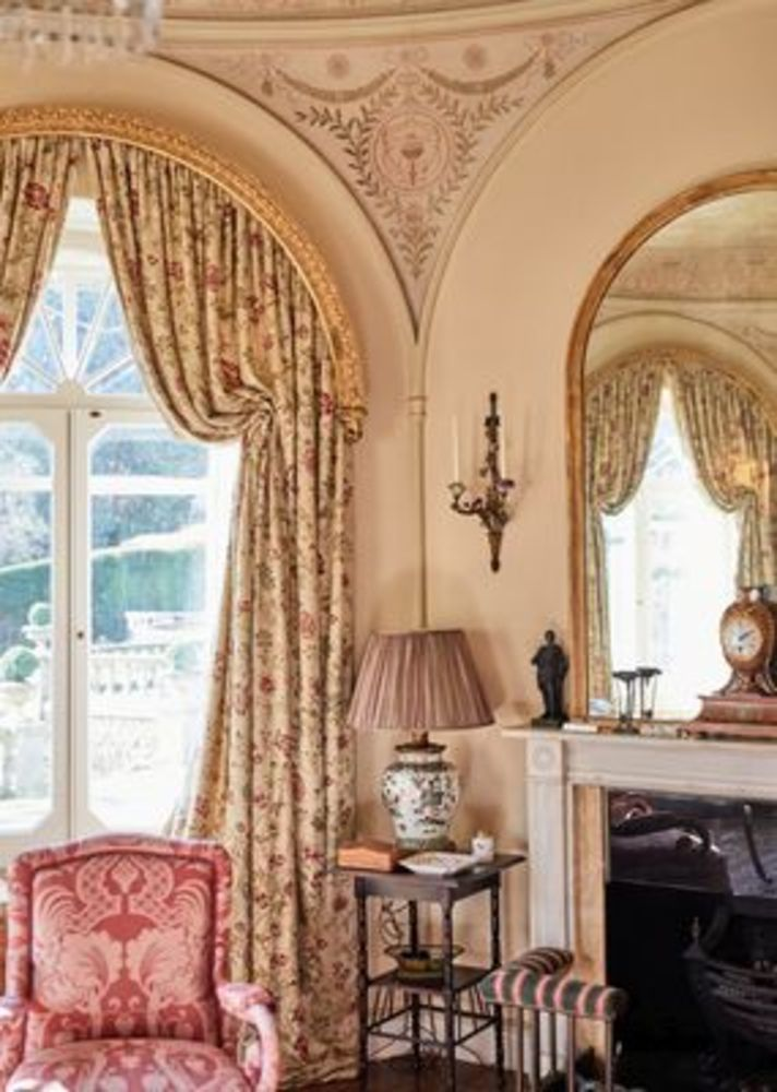 Hollycombe House: The Collection of Tim and Virginia Hoare