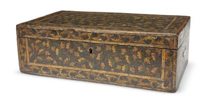 A CHINESE EXPORT BLACK AND GILT LACQUER BOX