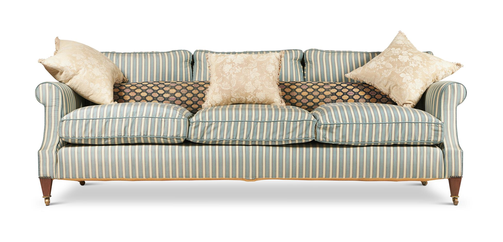 A LARGE THREE SEATER SOFA, LATE 20TH CENTURY - Image 2 of 2