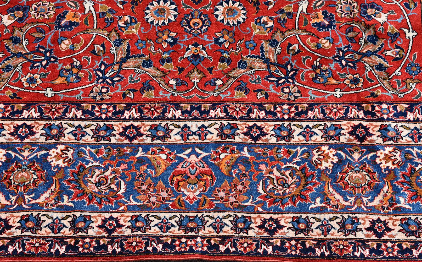AN ISFAHAN CARPET, approximately 338 x 229cm - Image 3 of 3