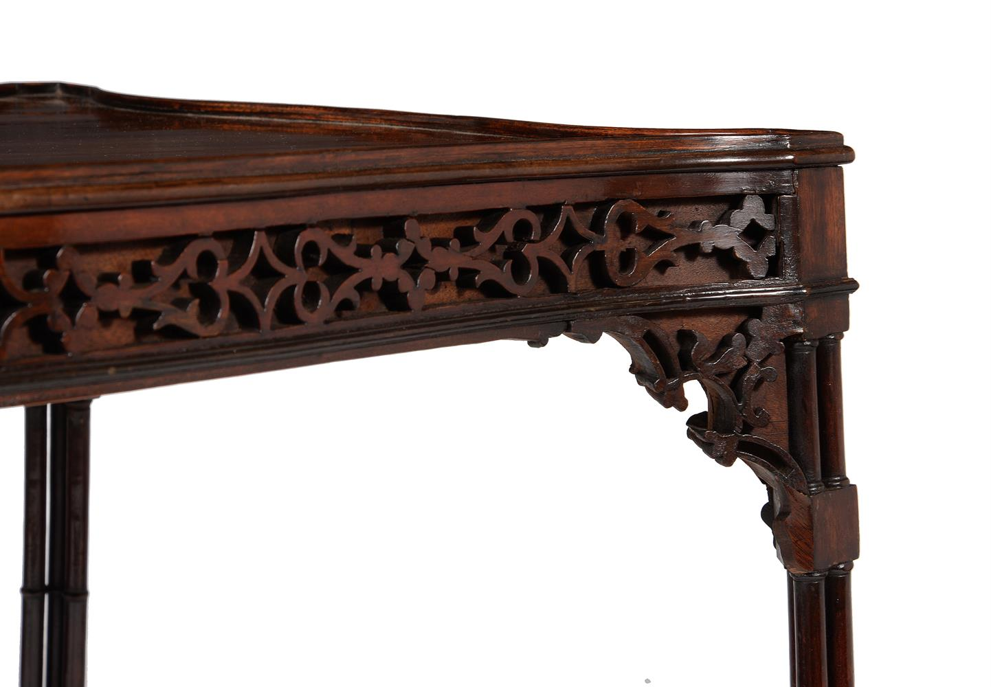A GEORGE III MAHOGANY SERPENTINE SILVER TABLE, CIRCA 1775 - Image 4 of 5