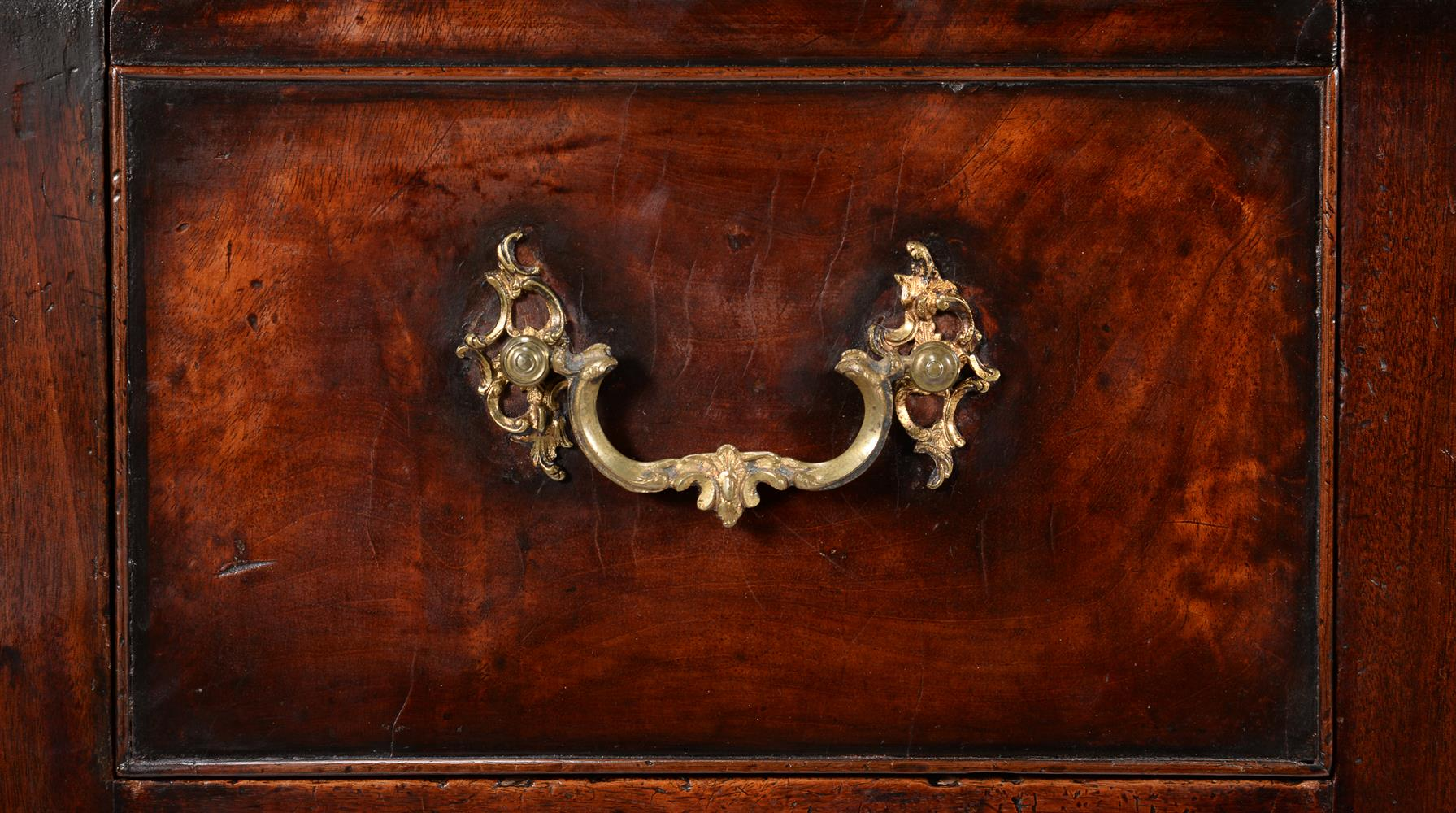 A GEORGE III MAHOGANY SERVING TABLE, CIRCA 1790 - Image 5 of 6