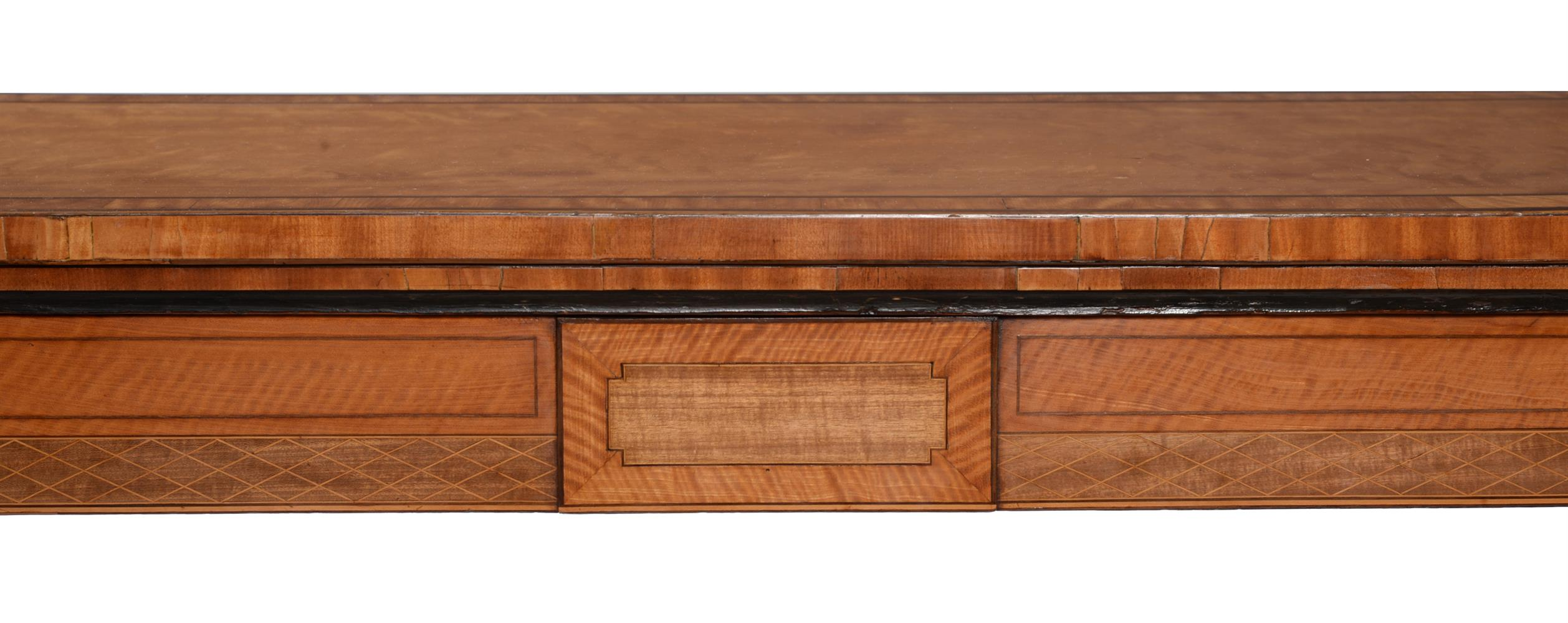 Y A GEORGE III SATINWOOD, TULIPWOOD AND PURPLE HEART BANDED FOLDING CARD TABLE, CIRCA 1790 - Image 3 of 6