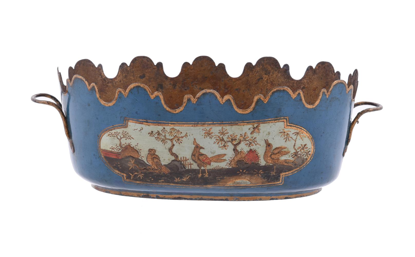 A PAIR OF FRENCH CHINOISERIE TÔLE PEINTE SEAUX À VERRE OR GLASS COOLERS, SECOND HALF 18TH CENTURY - Image 5 of 5