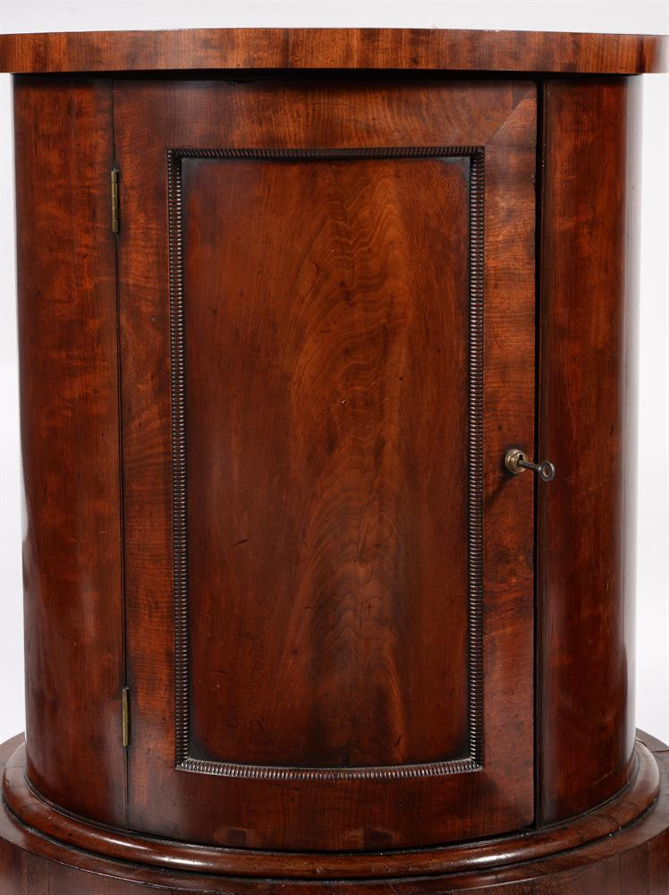 A PAIR OF GEORGE IV MAHOGANY CYLINDRICAL BEDSIDE OR PEDESTAL CUPBOARDS, CIRCA 1825 - Image 4 of 5