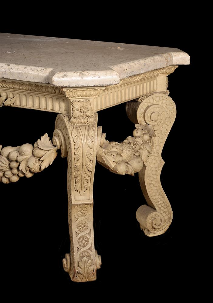 A CREAM PAINTED CARVED WOOD CONSOLE TABLE, IN THE MANNER OF WILLIAM KENT - Image 4 of 9