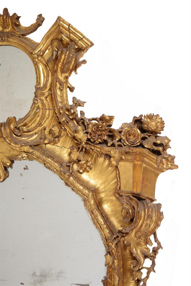 A CONTINENTAL CARVED GILTWOOD WALL MIRROR, 19TH CENTURY - Image 3 of 7