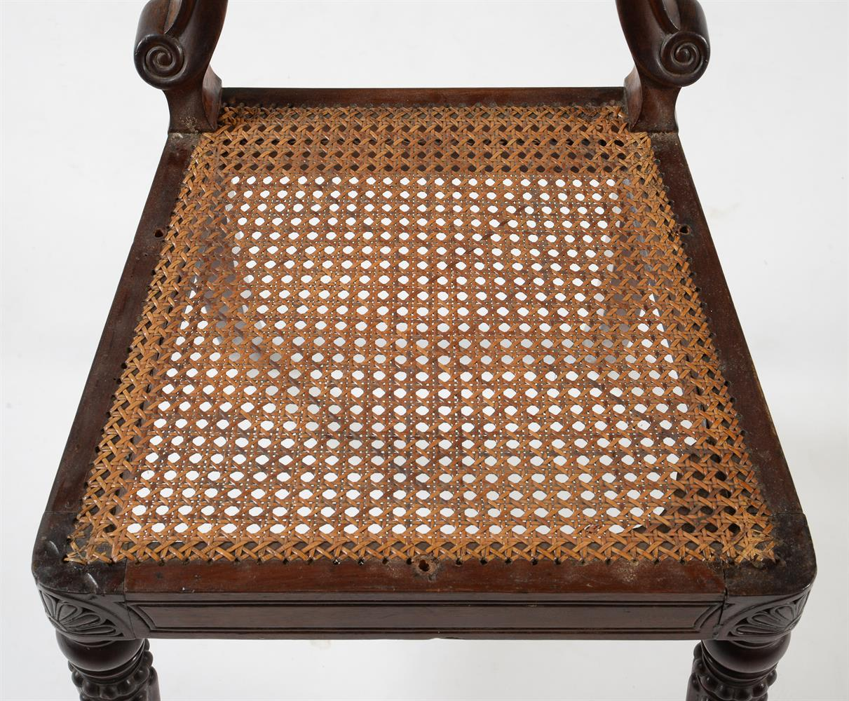 A SET OF EIGHT WILLIAM IV MAHOGANY DINING CHAIRS, CIRCA 1835, ATTRIBUTED TO GILLOWS - Image 8 of 9