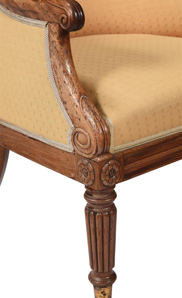 A REGENCY MAHOGANY AND UPHOLSTERED BERGERE ARMCHAIR, CIRCA 1820 - Image 3 of 4
