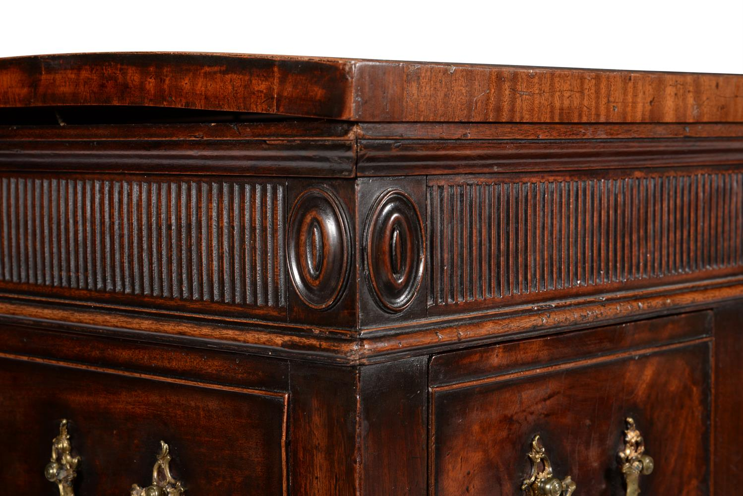 A GEORGE III MAHOGANY SERVING TABLE, CIRCA 1790 - Image 2 of 6