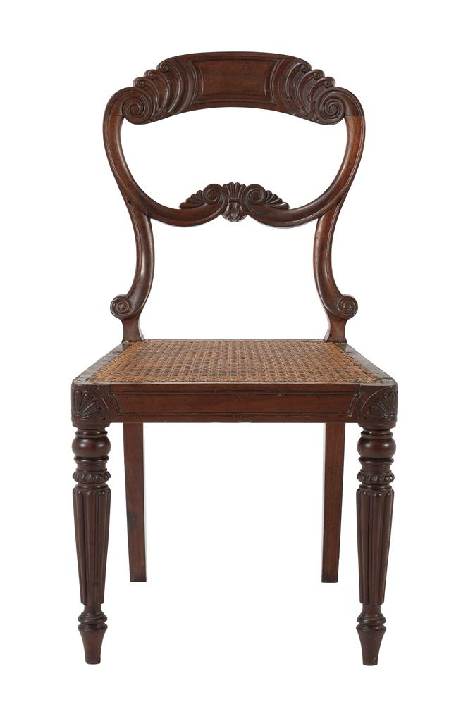 A SET OF EIGHT WILLIAM IV MAHOGANY DINING CHAIRS, CIRCA 1835, ATTRIBUTED TO GILLOWS - Image 5 of 9