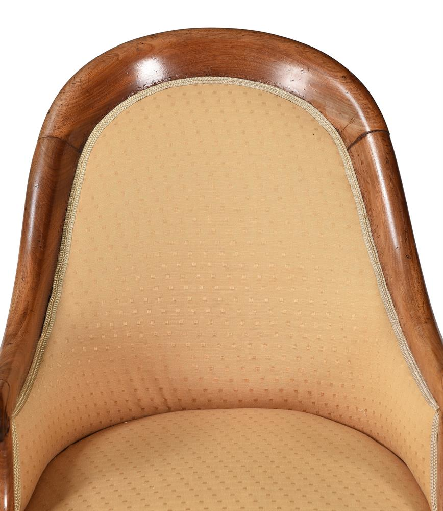 A REGENCY MAHOGANY AND UPHOLSTERED BERGERE ARMCHAIR, CIRCA 1820 - Image 4 of 4