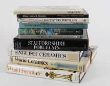 Ɵ Assorted ceramics and chattels reference works