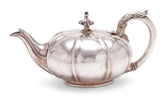 Y A William IV silver melon shaped tea pot by Paul Storr