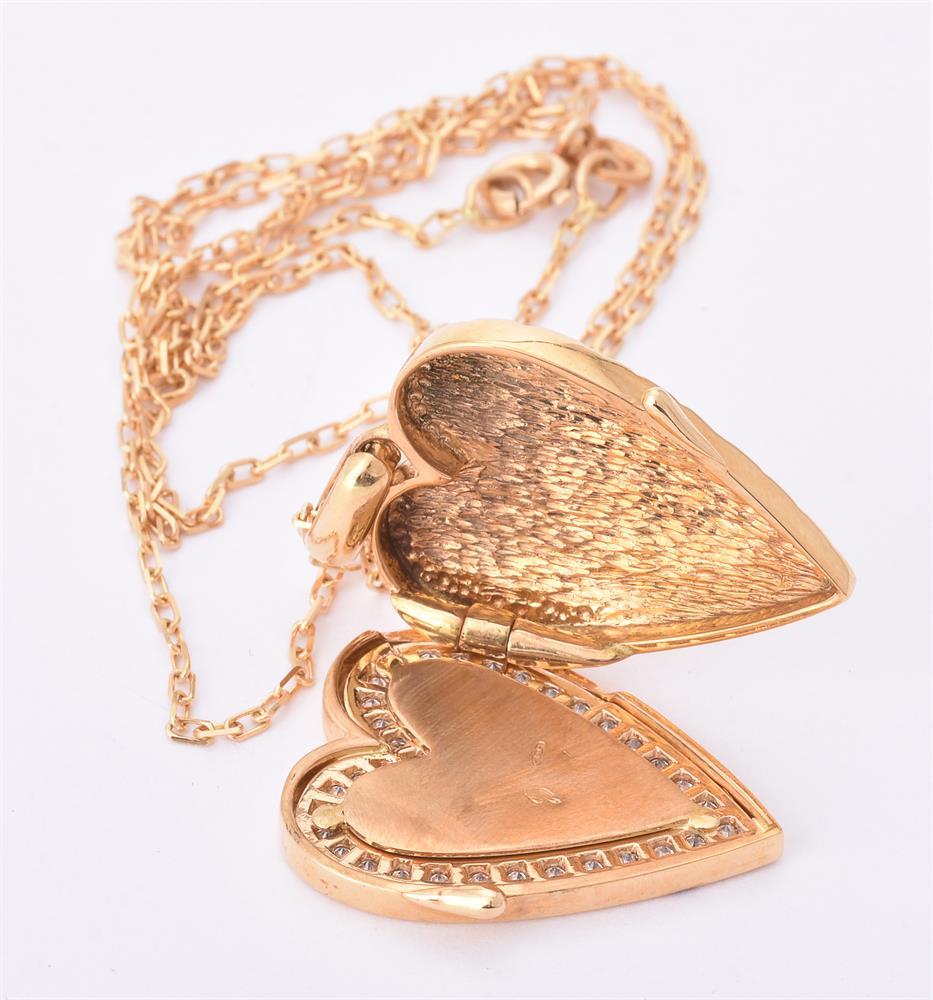 A diamond heart locket - Image 2 of 3