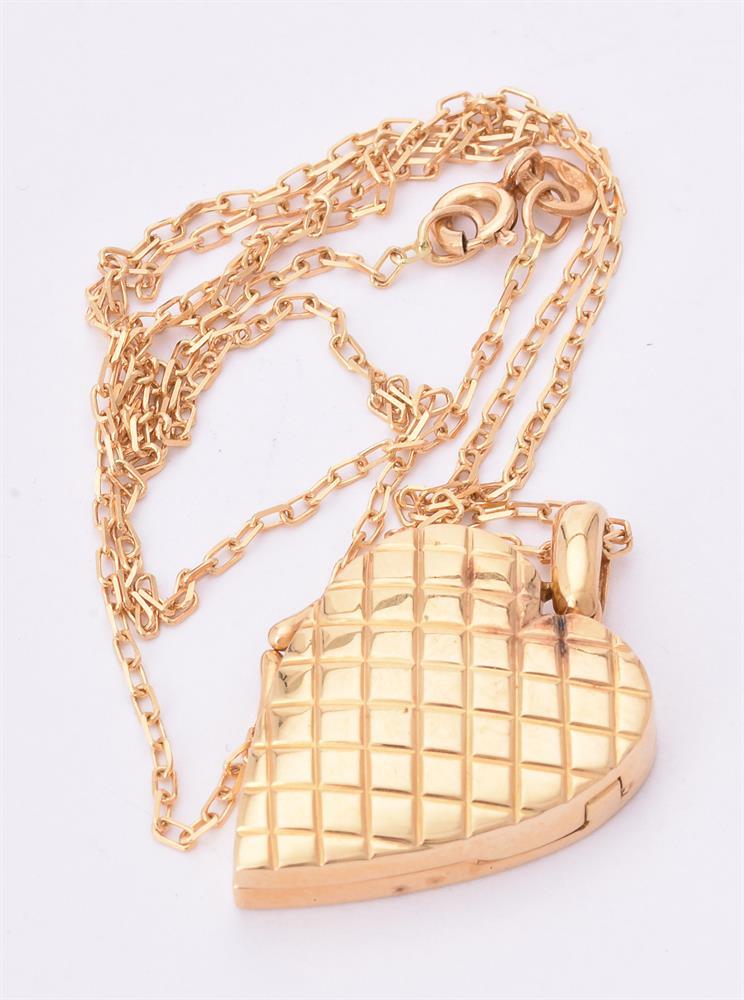 A diamond heart locket - Image 3 of 3