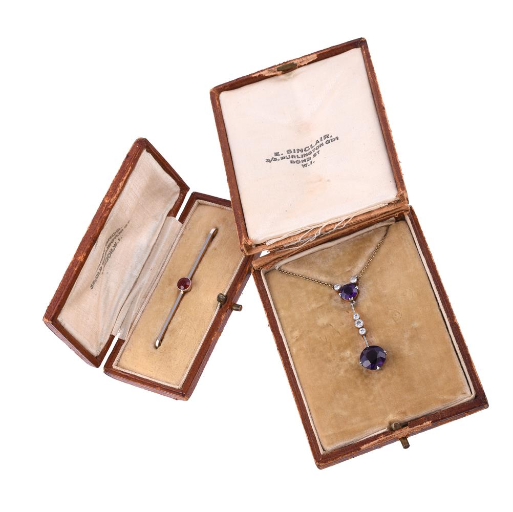 An Edwardian amethyst and diamond pendant - Image 2 of 2