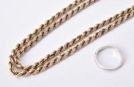 A 9 carat gold rosetwist chain necklace