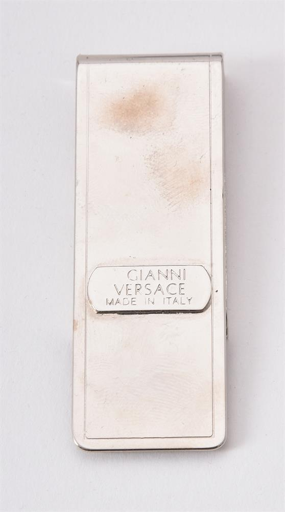 Chanel, a plastic and paste brooch - Image 4 of 5