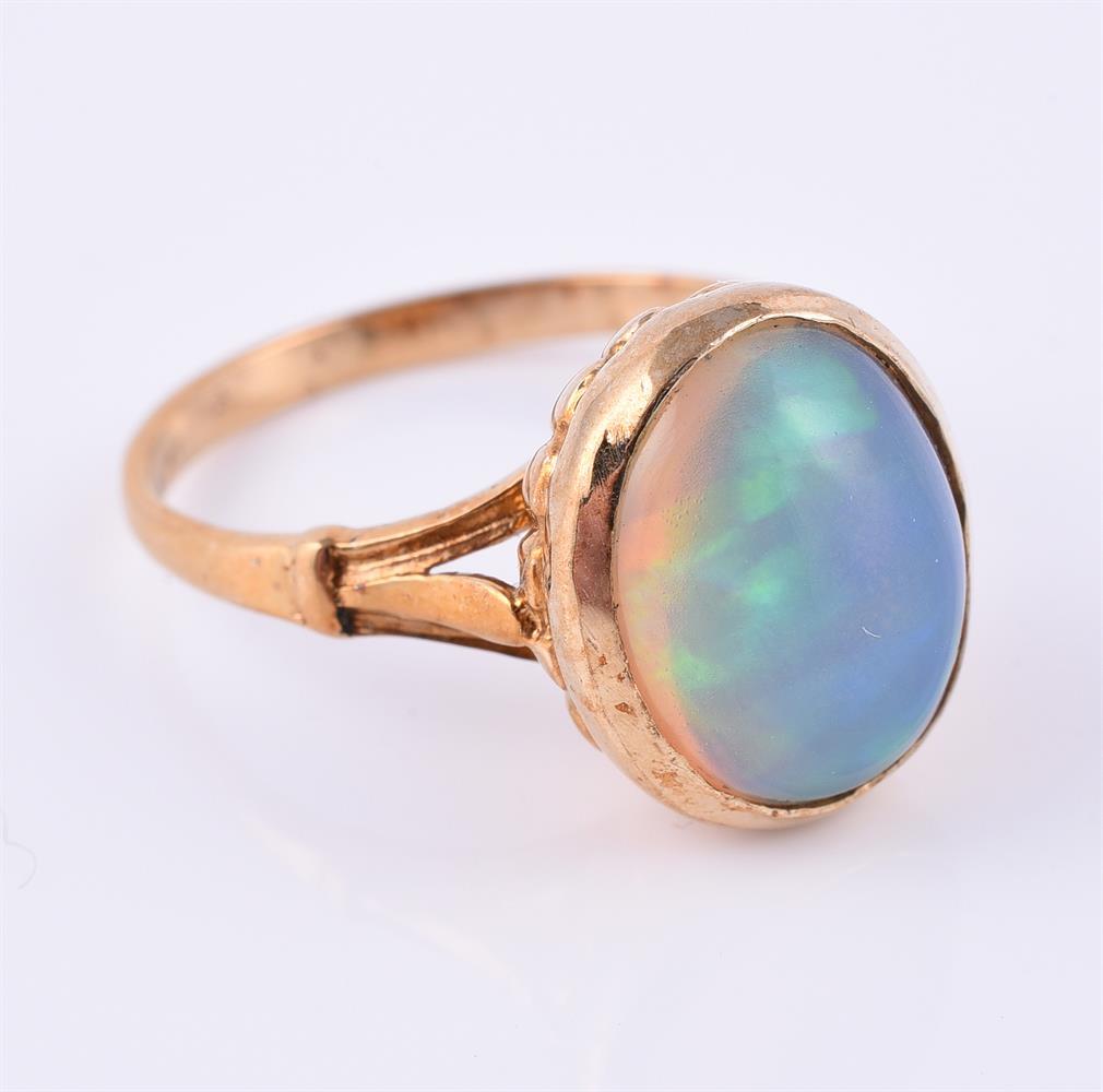 A 9 carat gold opal dress ring